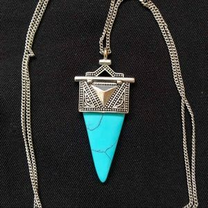 Jewelry - Southwest Inspired Faux Turquoise Necklace